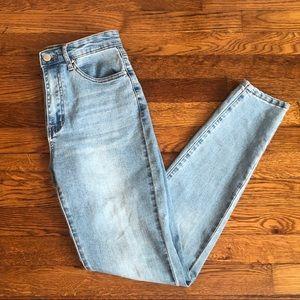 NWOT F21 Light Wash Skinny Jeans